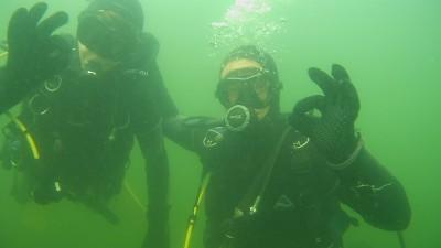 8c0fbd76a32b35 Het beste kunt u langs komen in ons duik centrum om alle mogelijkheden van  uw duik opleiding te bespreken. Mail: onze opleidingen afdeling, bel  0623672317 ...